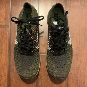 Nike free RN flyknit men's shoes size 10 olive